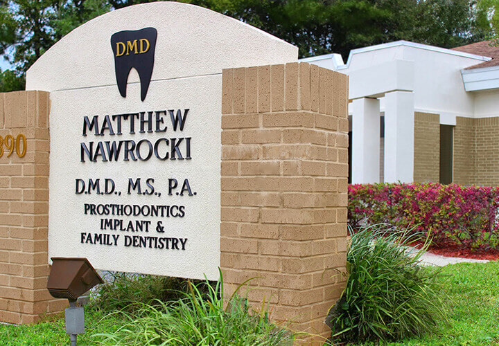 Exterior sign for office of Matthew Nawrocki DMD, MS in Orange Park
