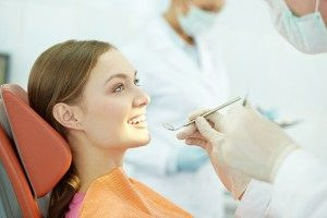 Choose a dentist in Orange Park, FL who is qualified in prosthodontics.